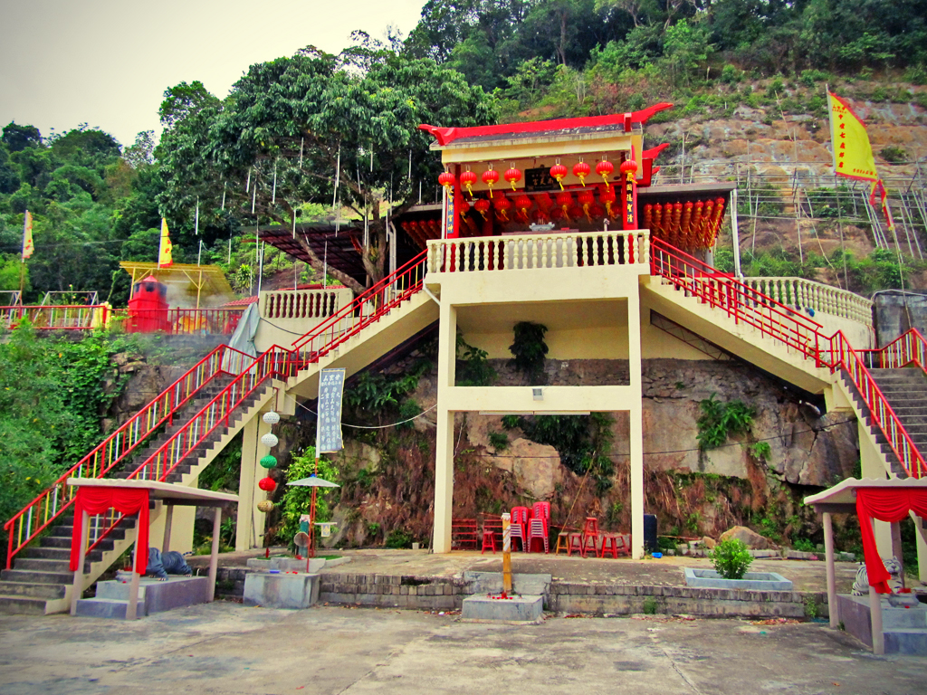 hill_temple02