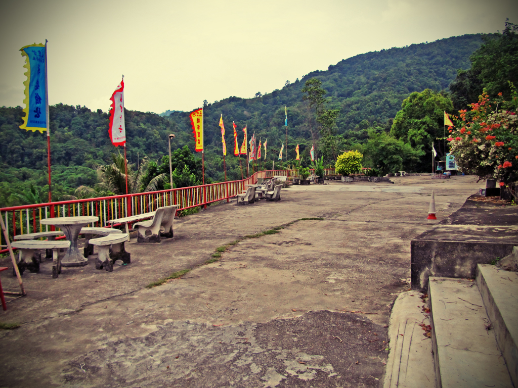 hill_temple02c