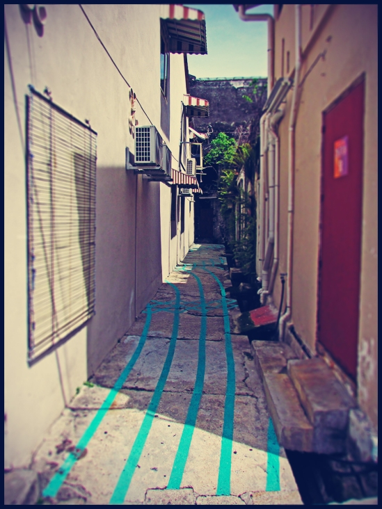 alley12