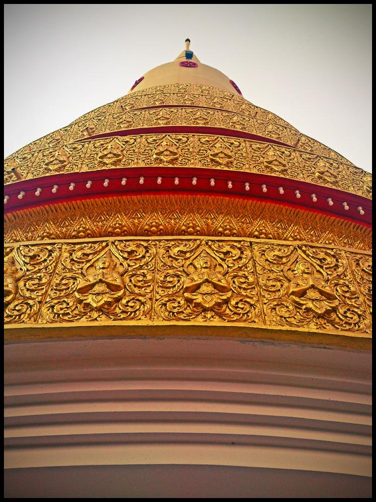 thai_golddome02