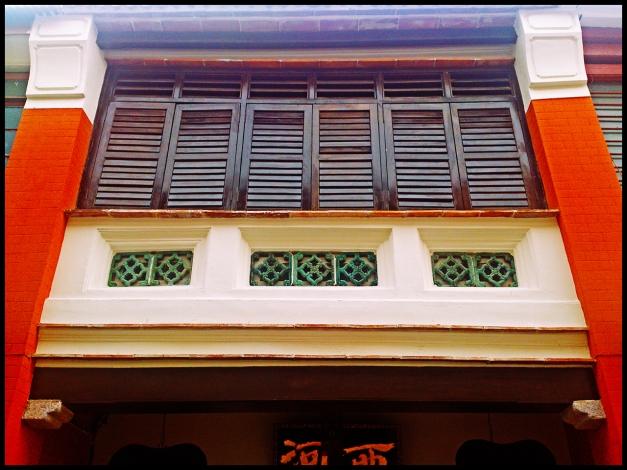 facade05
