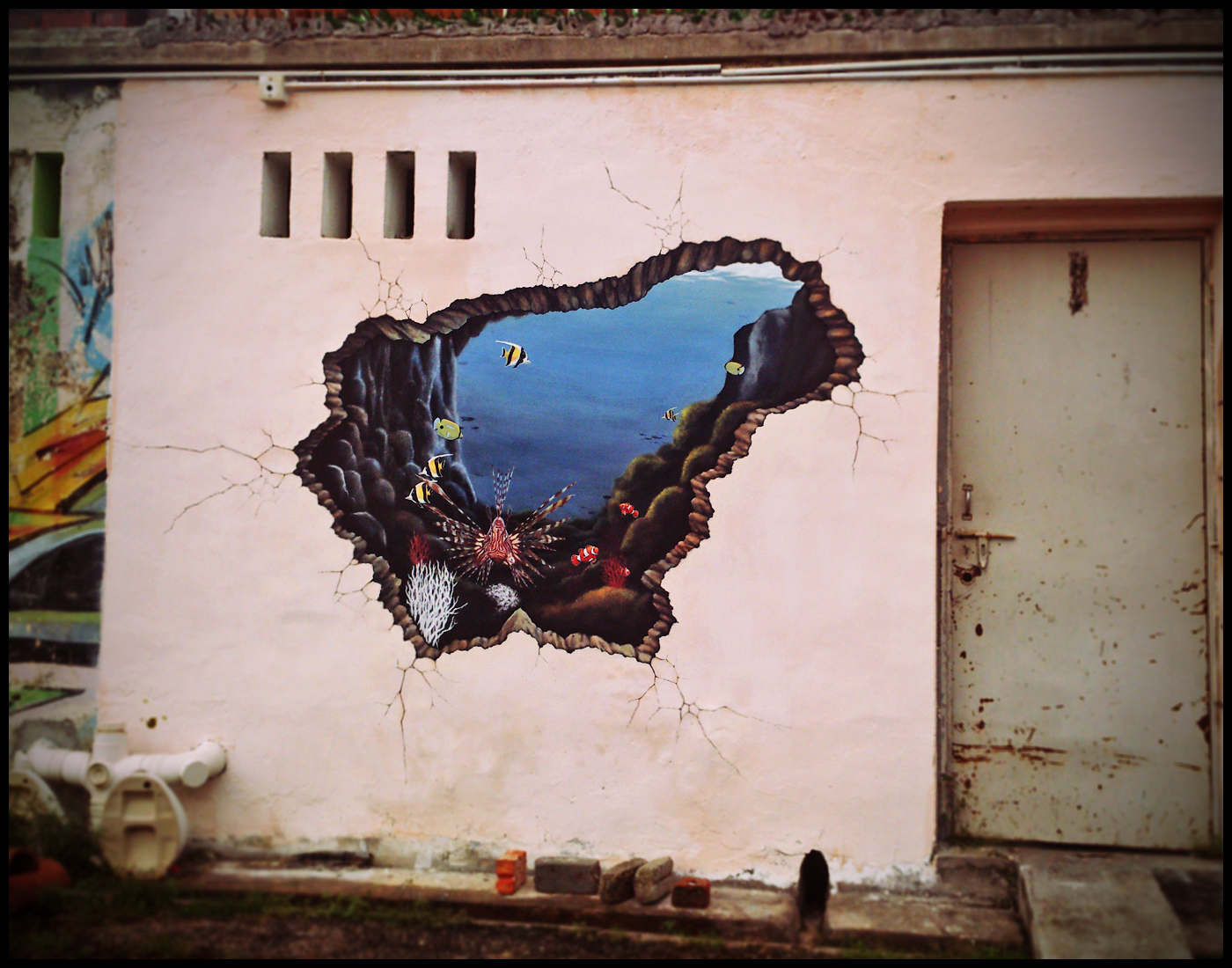 Penang street art the underwater crack perspective of for 3d mural painting