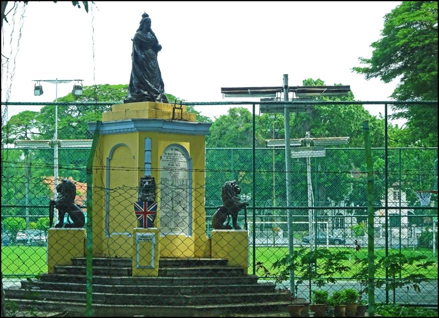 monumentQV
